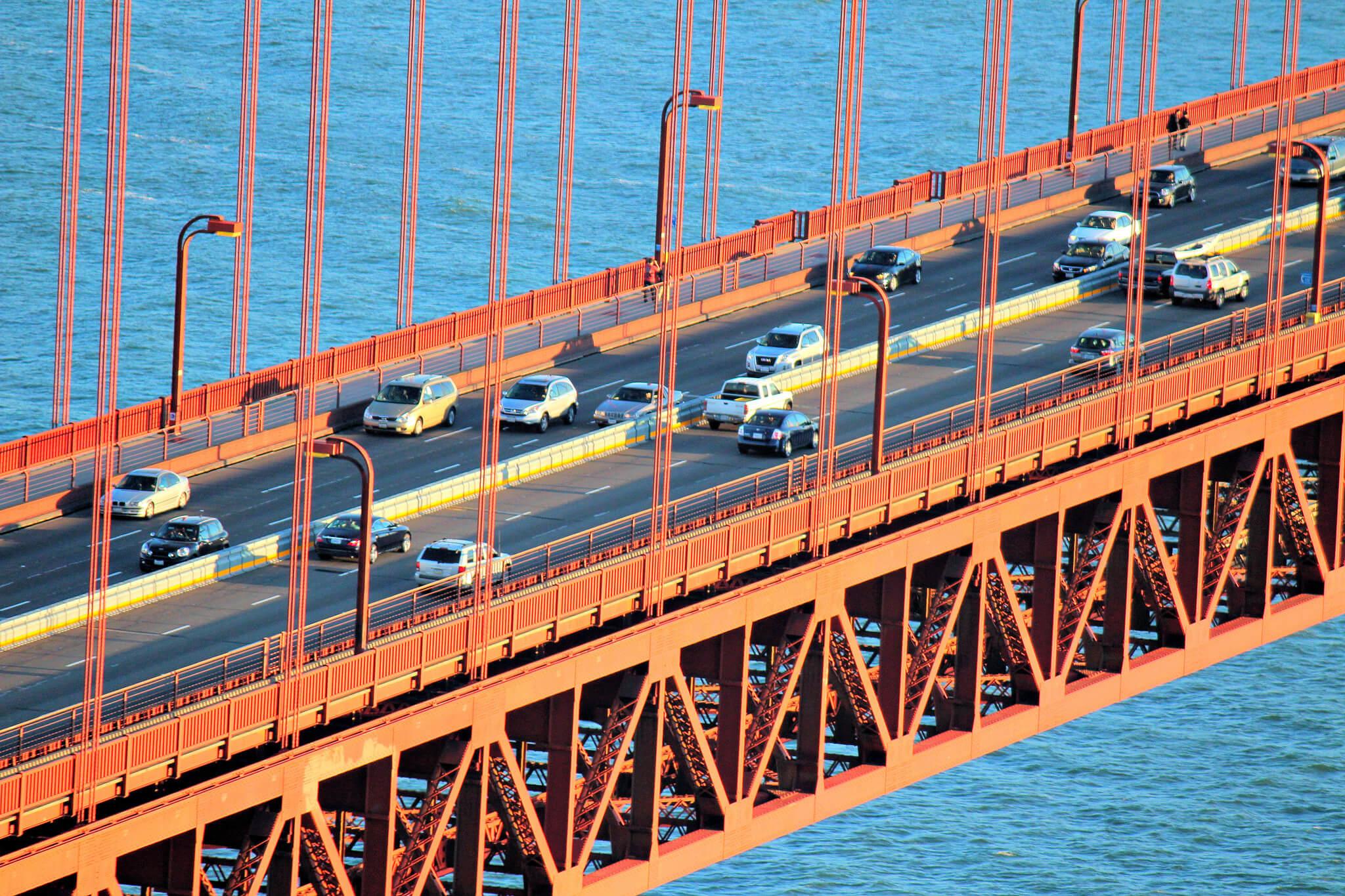 Golden Gate Bridge lanes