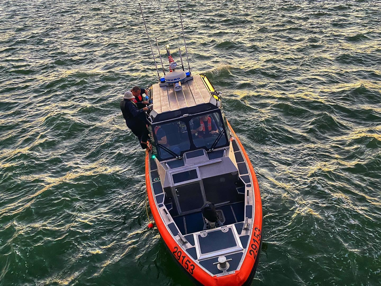 Rescue crew calls capsized boater's life vest 'real hero ...